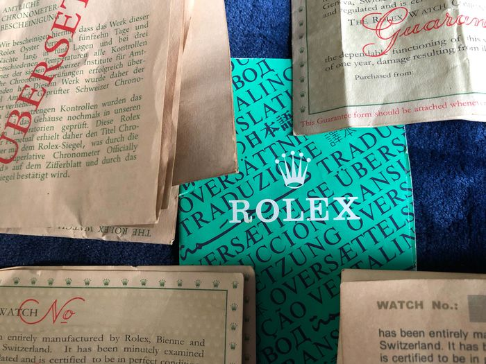 Rolex - Rolex-Guarantees -1962-1966-1971-1972/ Blank  - translation green booklet included  - Unisex - 1962-1966-1971-1972