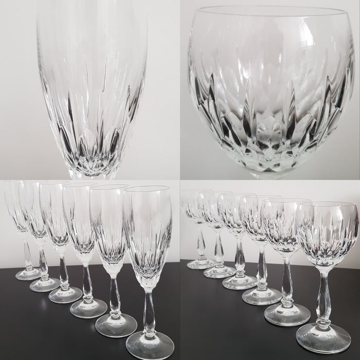 Schott Zwiesel, Modell PRESIDENT - 6x champagne glasses and 6x wine glasses (12) - High quality lead crystal