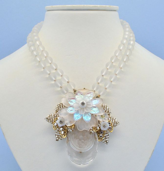 Ian St Gielar for Stanley Hagler New York Frosted Glass Flowers Gold Plated - Necklace