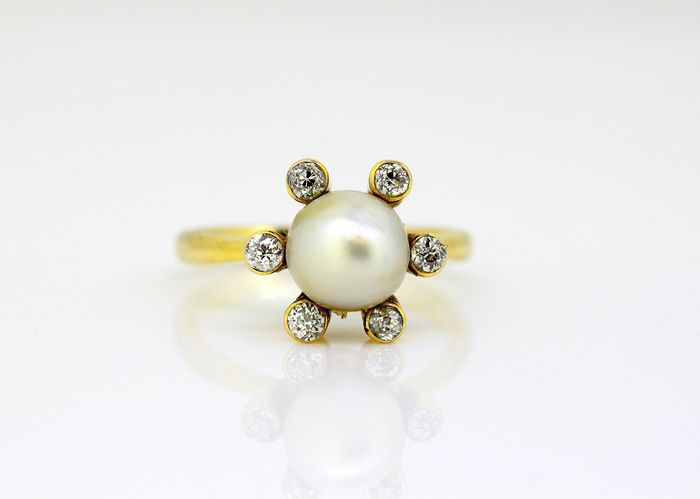 18 kt. Saltwater pearls, Yellow gold - Ring - Diamonds