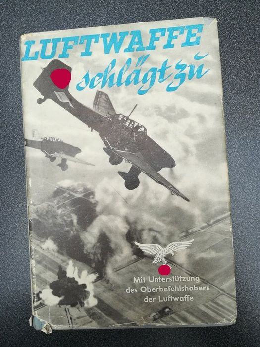 Germany - Air Force, Third Reich, World War II - Book, Luftwaffe strikes - with the support of the Luftwaffe Commander-in-Chief - 1939