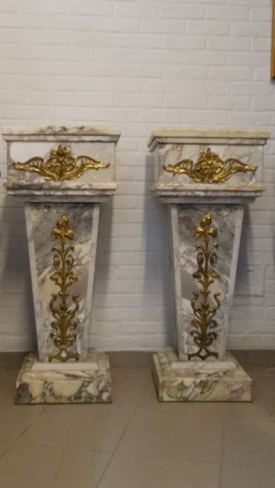 Pair of marble columns (2) - Louis XVI Style - Bronze, Marble - 19th century