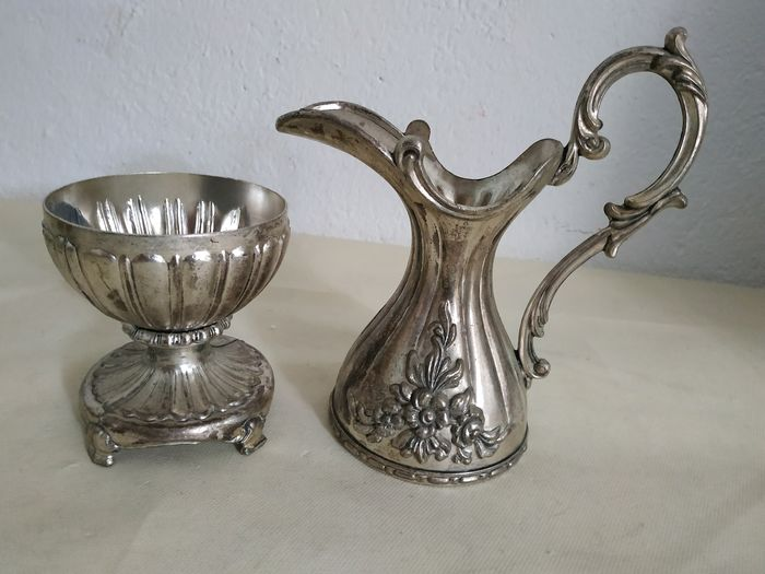 Amphora with watermarks - Silverplate