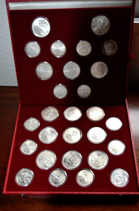 Russie - 5 & 10 Rouble 1977/1980 -complete collection MOSCOW OLYMPICS 1980 - 28 Coins - Argent