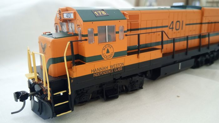 Inter Mountain H0 - 49451 - Diesellocomotief - U18B - Maine Central