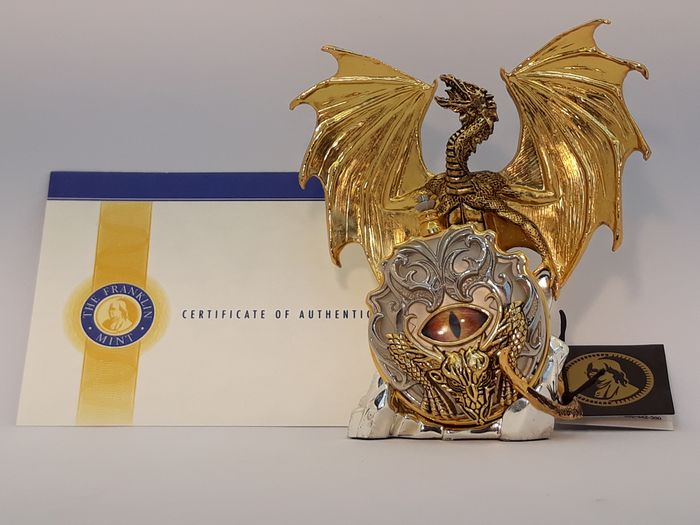 Michael Whelan - Franklin Mint - Eye of the Golden Dragon - pocket watch with stand - Goldplate