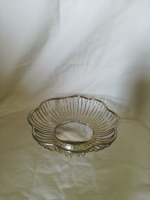silver plated bread basket (1) - silver plated