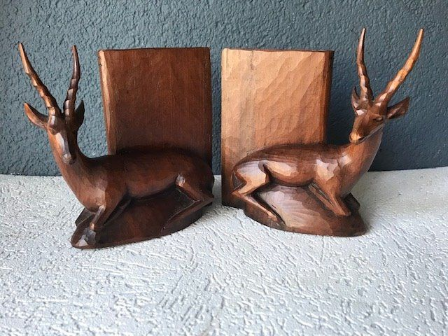 Bookends (2) - Hout
