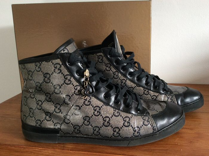 Gucci - Crystal Sneakers with Shoe Charm Gucci - Size: NL39