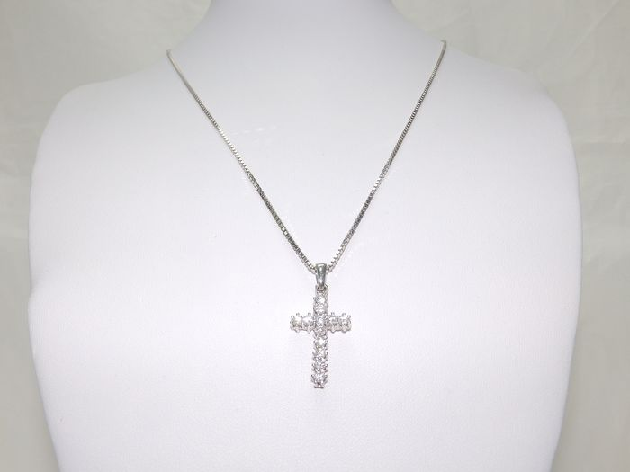 8,60 gr. - 18 kt. White gold - Necklace with pendant - 1.00 ct - Diamonds