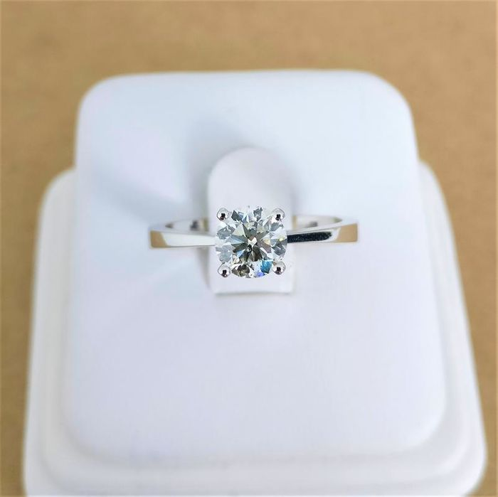 18 kt. White gold - Ring - 0.77 ct Diamond