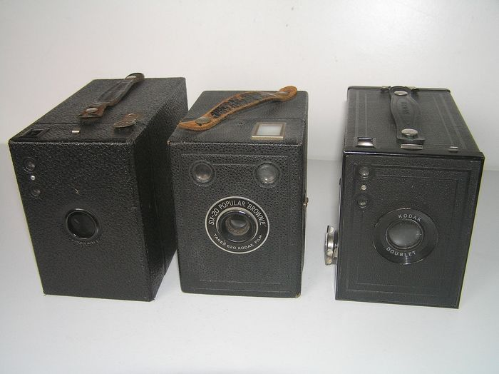Kodak Hawkeye No2 B + Popular Brownie + No2 Brownie Special.