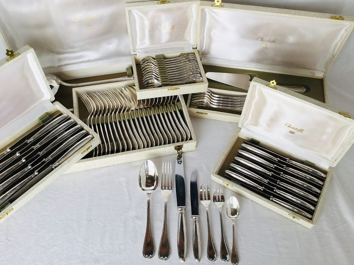 "CHRISTOFLE, Exclusive large cutlery set, 86-piece silver-plated cutlery - Elegant romantic Model ""RUBAN"", TOP QUALITY in excellent condition!"
