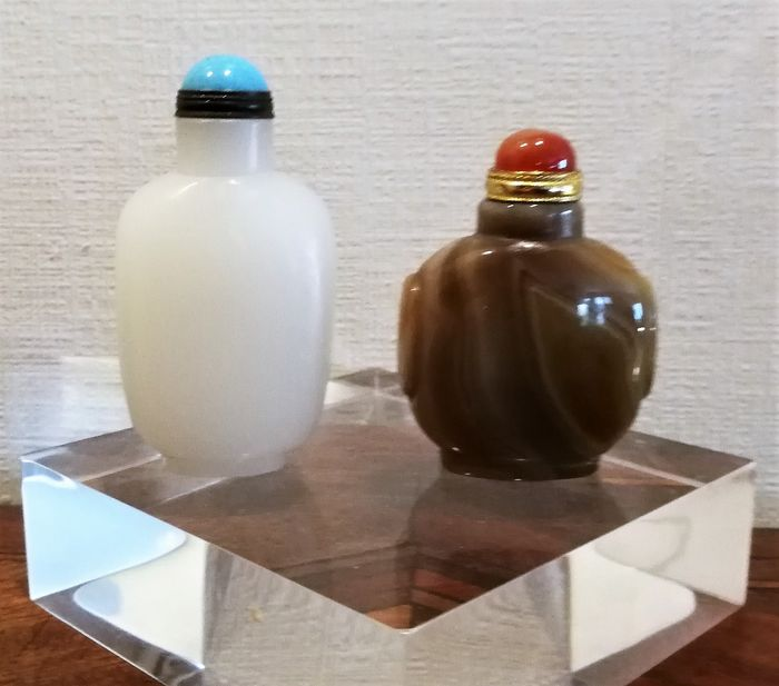 Snuff bottles - Agate - Asia - Second half 20th century