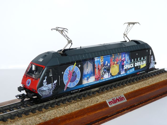 "Märklin H0 - 34634 - Elektrolokomotive - Serie 460 (Re 4 / 4VI) ""Space Dream"" - SBB CFF FFS"