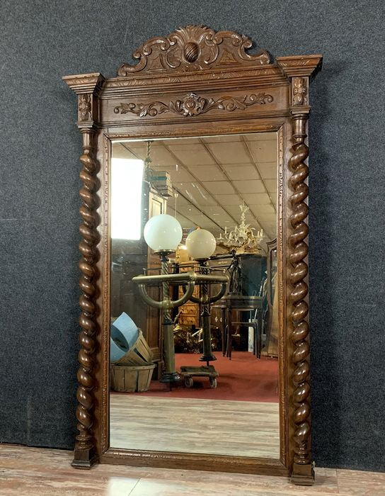 Important mirror Louis XIII hunting lodge in solid oak - Wood - Mid 19th century