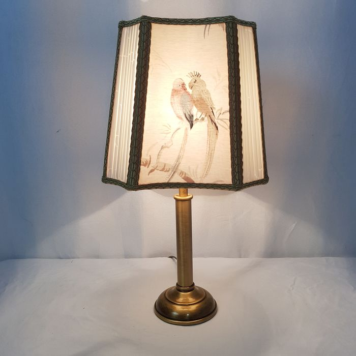 Classic table lamp with birdshade - Brass
