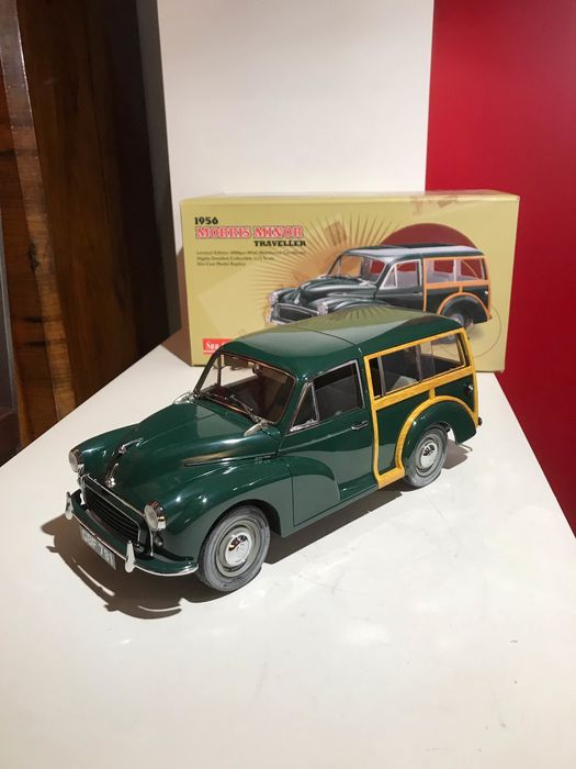 Sunstar - 1:12 - Morris Minor Traveler  - green English BRG