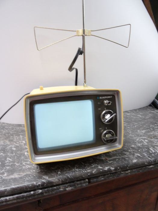 Portable television - Scout Junior