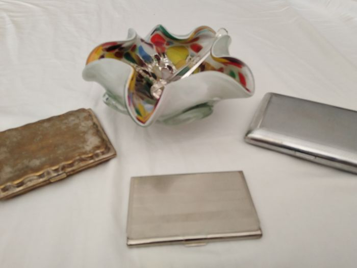 Ashtray and cigarette case - Group of 4