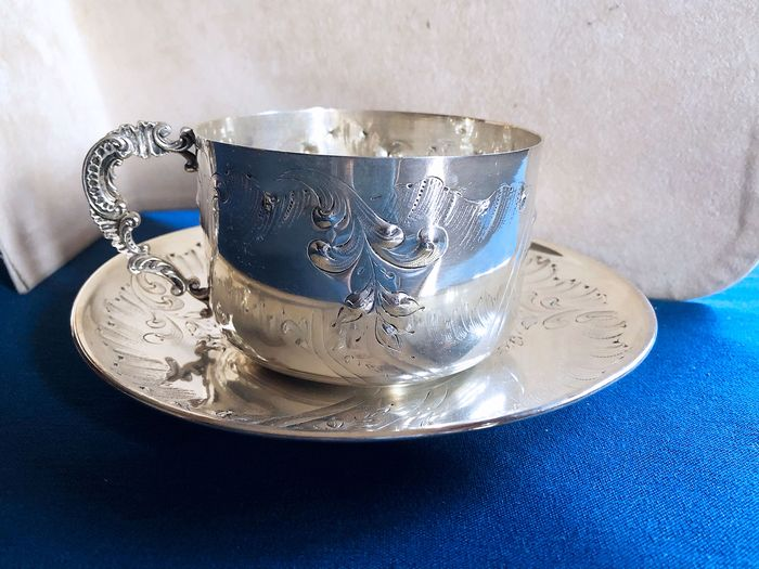 Large cup with rococo saucer (2) - .950 silver - France - Second half 19th century