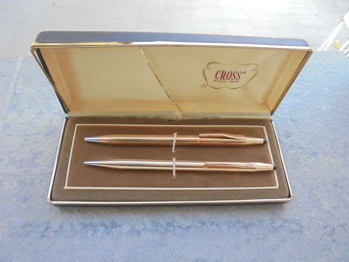 Cross - Ballpoint - Cross Century classic 14kt pen and pen holder