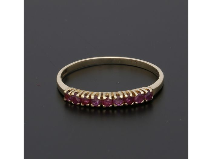 14 kt. Gold - Ring Ruby