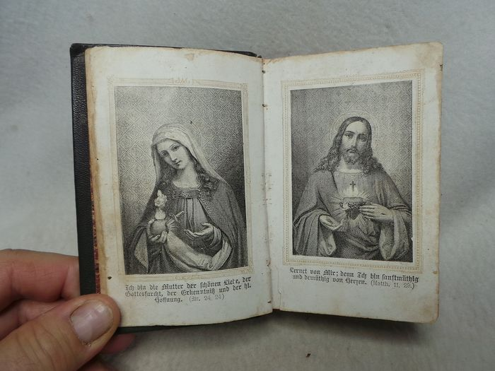 Von einem Priester aus de Diocèse BASEL - Bible, The Sacred Heart of Jesus and Mary, the Sources of Life; a prayer and devotional book for (1) - Napoleon III - Paper
