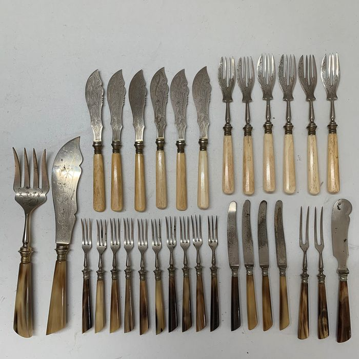 Antique Fish Cutlery (31) - Bone, Steel