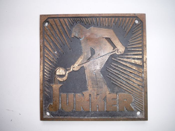 JUNKER - RARE WALL / MACHINEBOARD SPECIAL FOUNDRY JUNKER in BRONZE from Simmerath near Aachen - Bronze