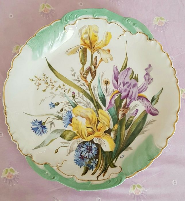 Plate Signed by Jacques Bernardaud 1880-1919. - Porcelain
