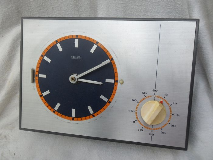 Hechiner quarz time - Emes - Vintage kitchen clock with alarm clock - (1) - Bakelite