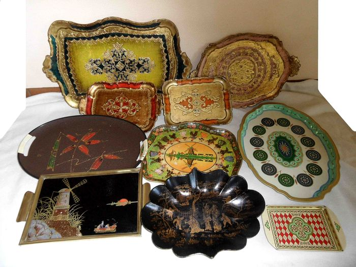 Antique Japanese dish and various vintage trays (10) - Brass, Wood, Look