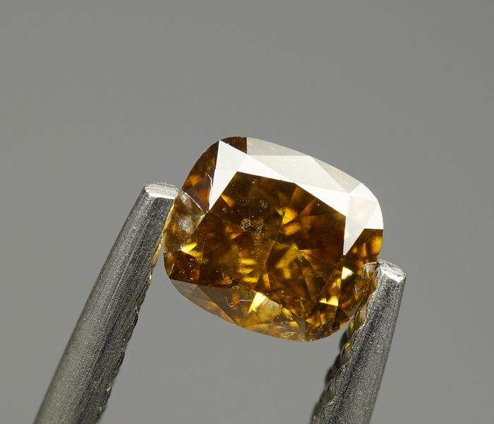 1 pcs Diamond - 0.40 ct - CUSHION MODIFIED BRILLIANT  - fancy deep yellowish brown - SI2 - No Reserve