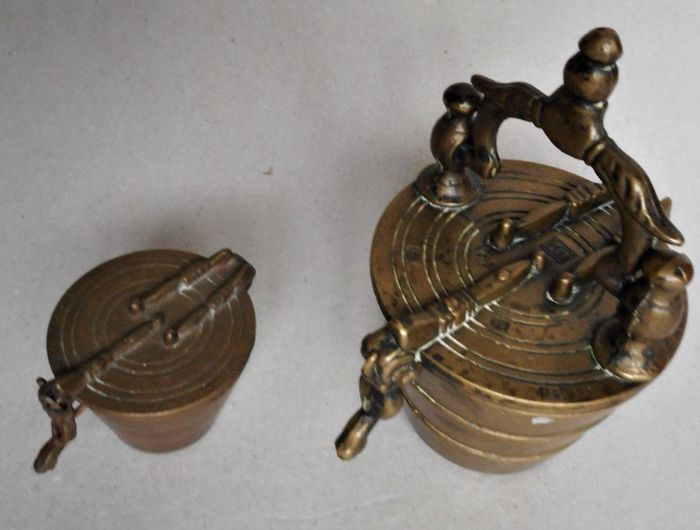 Antique closing weights, complete (2) - Copper