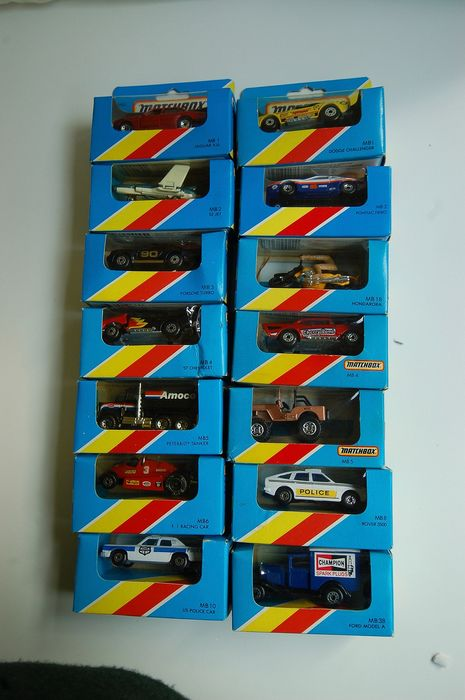 Matchbox - diverses - Lot avec 16 miniatures