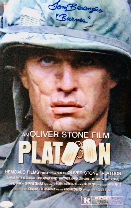 "- Tom Berenger "" Platoon "" - Authentic Signed Photo ( 28 x 35 cm ) with Certificate Authenticity JSA"