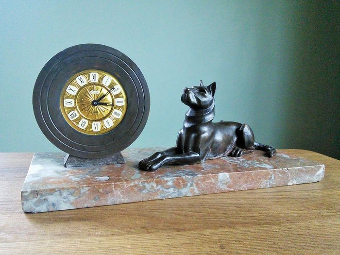 Art Deco - Clock with Dog - Bronze, Marble