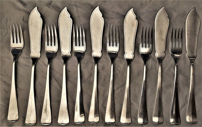 Gero - Antique silverplated Gero 6 person fish Cutlery - Silverplate