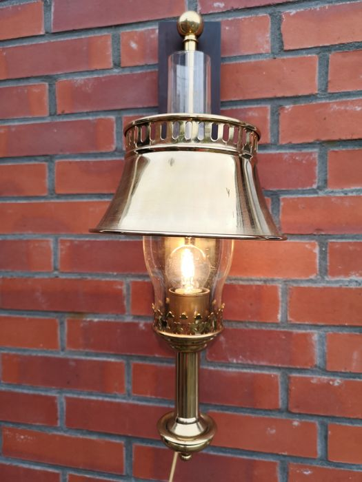 Gold colored wall lamp - as old oil Orient Express lamp - Brass