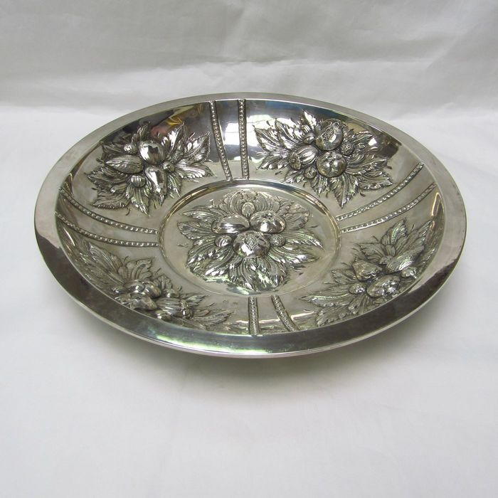 Fruit bowl - .915 silver - 420 gr. - Spain - First half 20th century