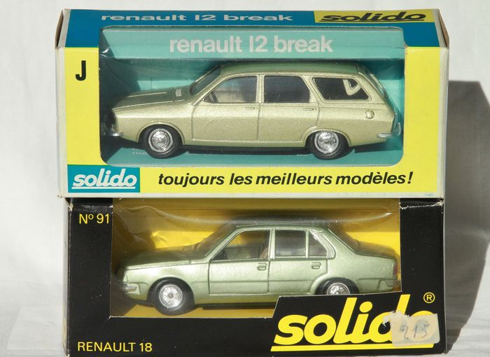 Solido - 1:43 - Renault 12 Break  nr 22 en Renault 18 Sedan nr 91 - made in France