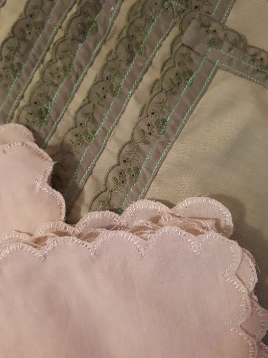 WITHOUT RESERVE PRICE 45 Beautiful doilies (45) - in pure cotton - Second half 20th century