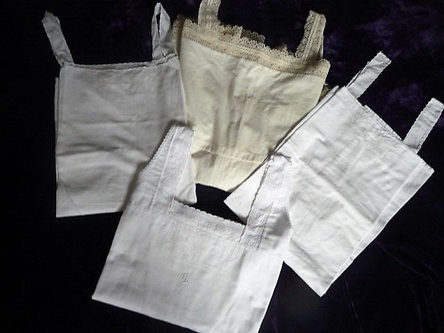 Rare shirt trousers + 3 shirts / petticoats - Art Nouveau style - Cotton - First half 20th century