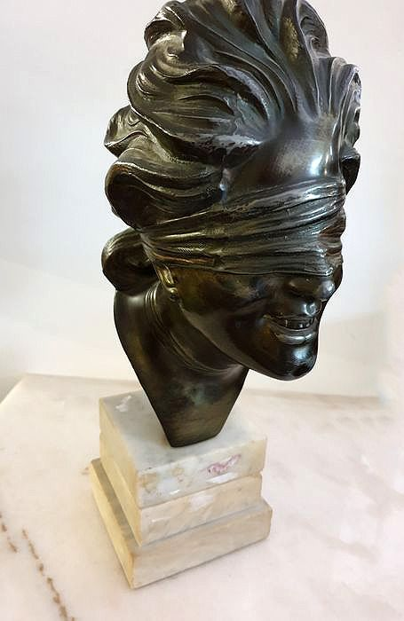 Sculpture, Bronze sculpture with three-layer marble base.