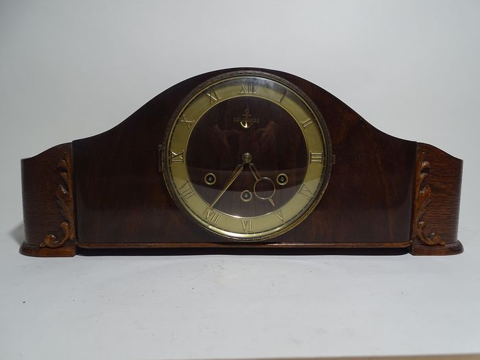Mantel Clock From Gold Anchor - Wood - 19th century