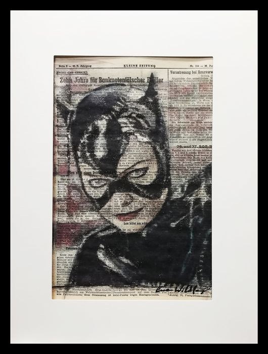 CATWOMAN - Original artwork on a newspaper from 1952 - First edition - (2019)