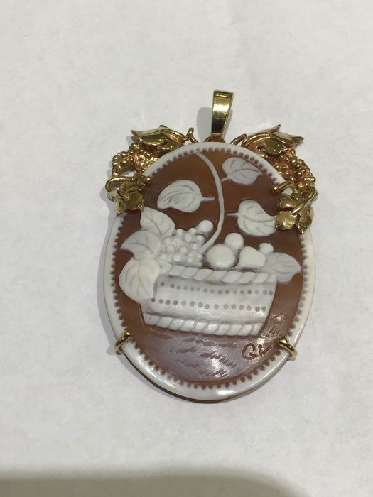 14 kt. Yellow gold - Pendant Cameo in shell