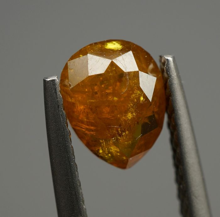 2 pcs Diamonds - 1.46 ct - (0.73 - 0.72ct) - Pear, Rose Cut Variation  - fancy deep orangy yellow - I2- No Reserve