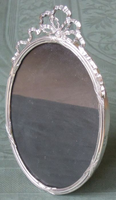 Antique silver photo frame with bow garland (1) - .835 silver - Zaanse Zilversmederij - Netherlands - Early 20th century